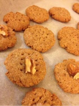 全粒粉と甘酒のクッキーの画像